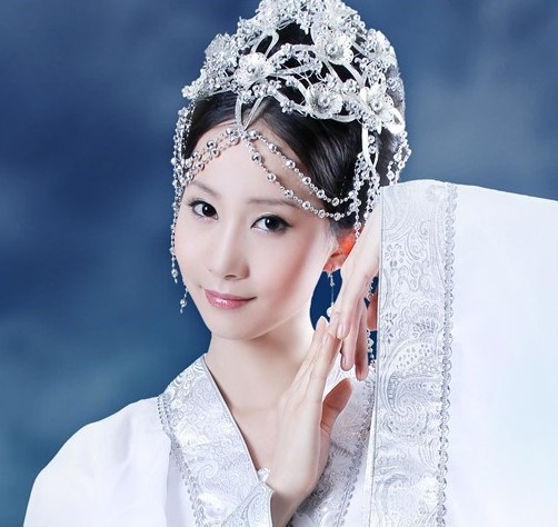 Ancient Chinese Fairy White Costume And Hair Accessories