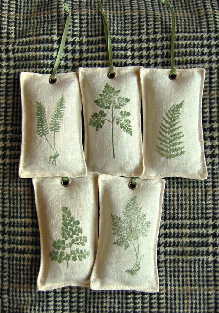Lavender sachets - Fern Collection. $15.00, via Etsy. - these would make cute ornaments
