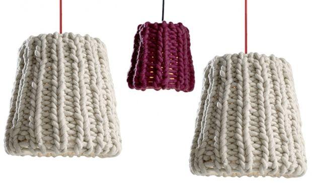 Lampada sospesa, a parete, a terra e a tavolo  Gli  inverni possono essere rigidi nelle Alpi, tanta neve ed il bisogno di  interni accoglienti. Il design della lampada a sospensione