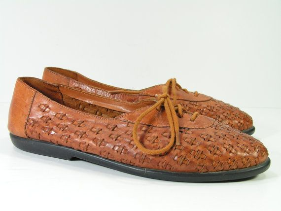 vintage woven flats shoes womens 7 m b caramel brown leather. $29.99, via Etsy.