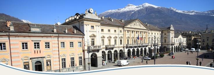 The main square in Aosta    http://aosta-valley.co.uk/aosta-town.htm
