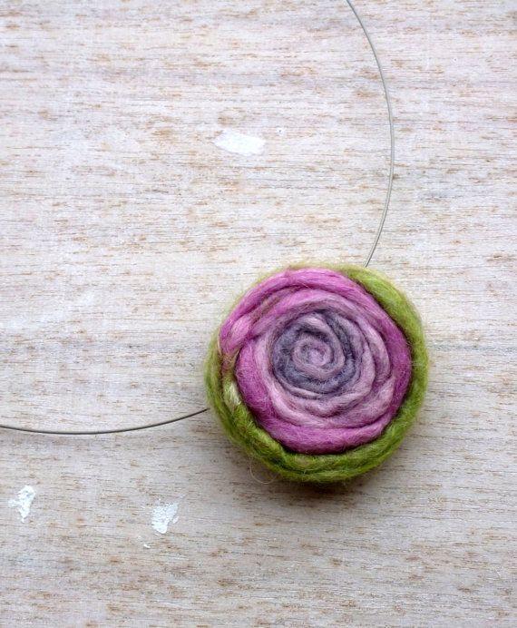 Felt Jewelry, Felt chain rose, green felt flower