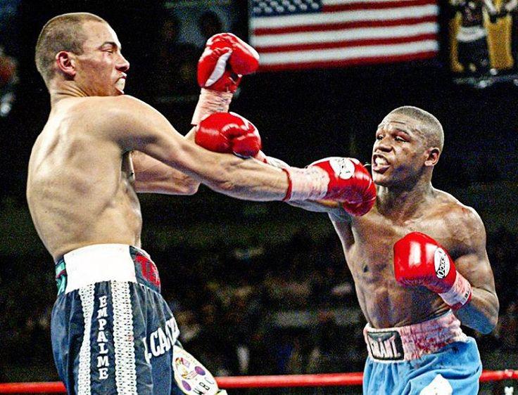 Floyd Mayweather beat Jose Luis Castillo in 2002 rematch #OnThisDay http://www.boxingnewsonline.net/on-this-day-floyd-mayweather-jnr-beats-jose-luis-castillo-in-rematch/ #boxing #boxingnews...