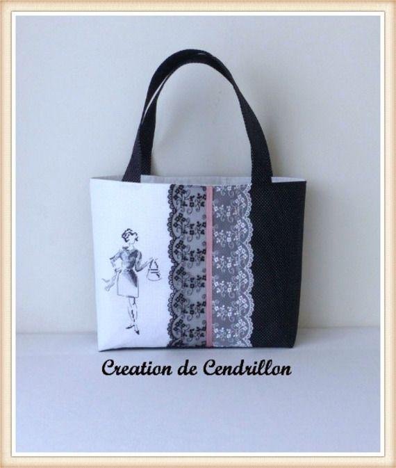 Collection Chic SAC/CABAS  brodé  «CROQUIS» Broderie Point de croix fait main Véronique Enginger