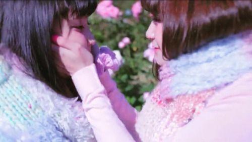 Escape Dream #黒宮れい#金子理江#縷縷夢兎#れいりえ#LADYBABY by @pastelpiyo on...