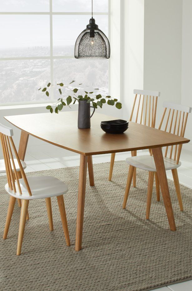 6 Easy Dining Room Ideas For Small Spaces Overstock Com Simple Dining Table Small Dining Table Kitchen Table Settings