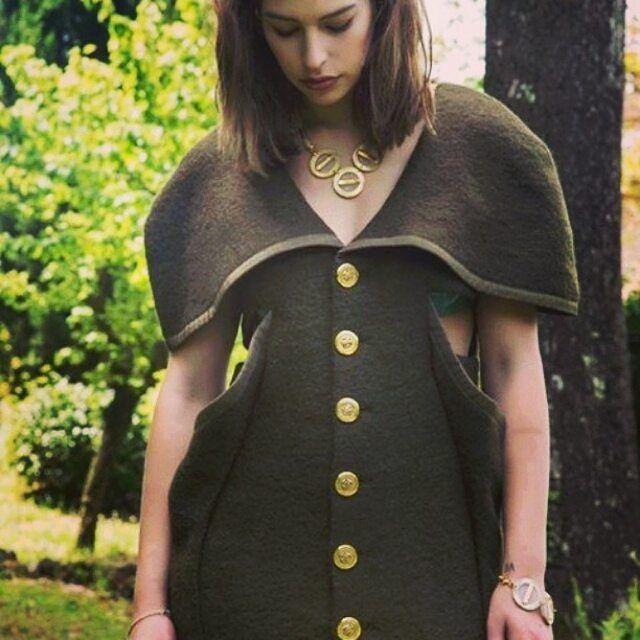 #Repost @aurorapotenti・・・Militar style wool coat @aurorapotenti photographer #francescodeangelis #Siena #toscana #tuscany #fashion #moda #mode #sartorial #coat #cappotto #wool #lana #handmade #militarstyle #militargreen #green #pretaporter #luxury #lux #design #fashiondesigner #model #jewels #mua #madeinitaly #hautecouture - Style and Talent http://styleandtalent.com/wp-content/uploads/2015/08/11856798_829621070489360_886180502_n.jpg