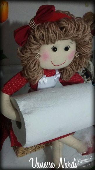boneca porta papel toalha