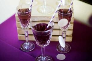 Royal Purple Punch Recipe  This would be perfect with the Sofia the First party.