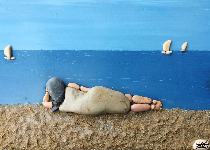 This Artists Creates Masterpieces From Stones He Finds On The Beach (12 images) | Kenga Rex | Page 2