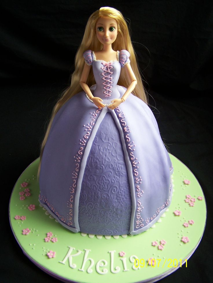 159 Best Cakes Princess Rapunzel Images On Pinterest Petit Fours