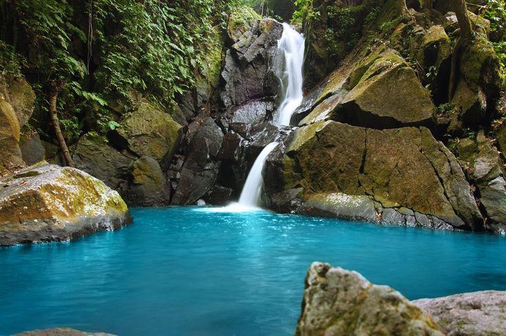 pria laot waterfall, sabang island, aceh|www.nusatrip.com/id/tiket-pesawat/ke/banda_aceh_BTJ