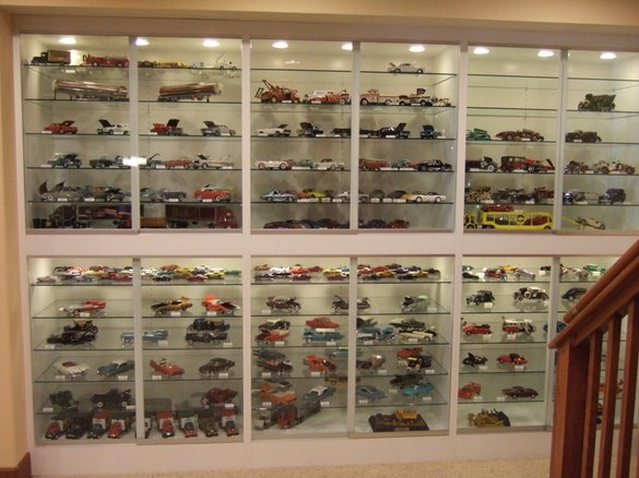Marvelous Custom Made Built In Display Cabinets