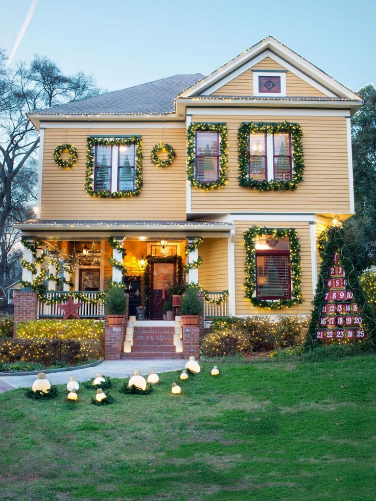 First Thingu0027s First: Get A Birdu0027s Eye View Of The Holiday House Exterior As