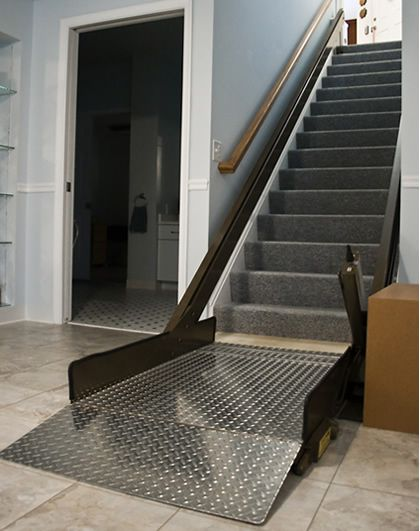 10 best wheelchair lift images on pinterest platform for Wheelchair accessible house plans with elevator