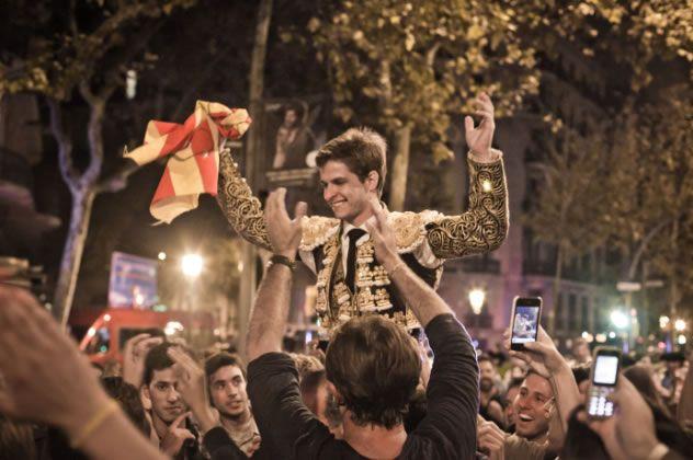 El Juli por las calles de Barcelona bajo el grito de Libertad