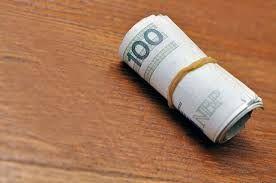 http://www.fweek.pl/pozyczka-przez-internet/ Taki kredyt jest dla osób, które potrzebują niewiele pieniędzy na krótki okres.