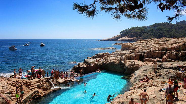 8 cales, piscines o zones de pícnic empordaneses que descobrireu si feu un Camí de Ronda