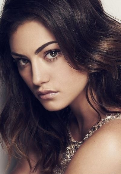 Celebrate 'The Secret Circle' star Phoebe Tonkin's birthday #examinercom #PhoebeTonkin #TheSecretCircle #TSC