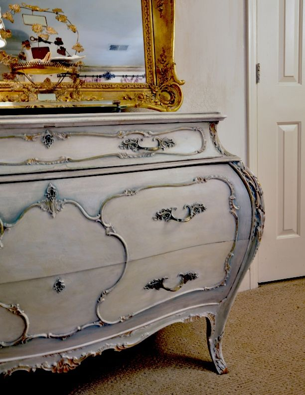 French Style Bombay Chest