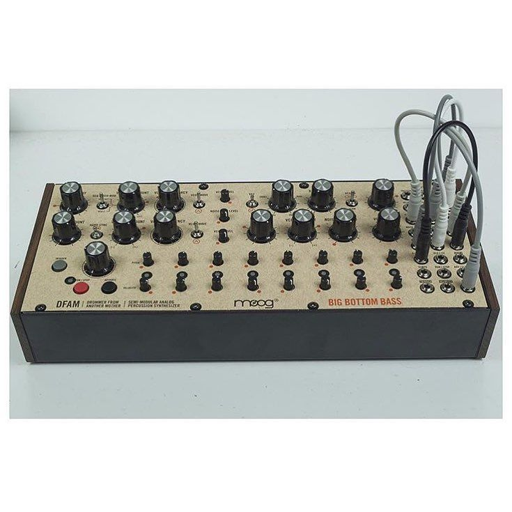 Moogsynthesizers Dfam Dj Djing Studio Synthesizer Music Synth Djgear Mixer Remix Mus In 2020