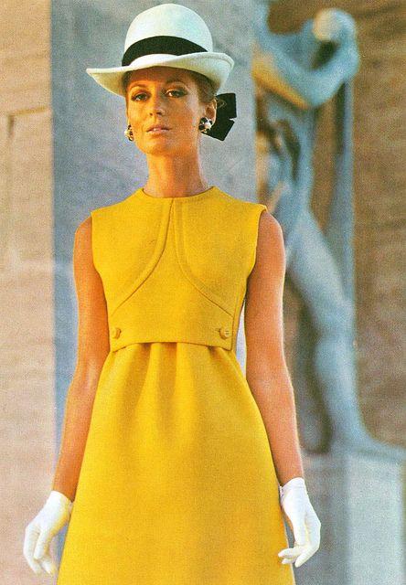 Model by:Fabiani.Italian Vogue,March 1969.