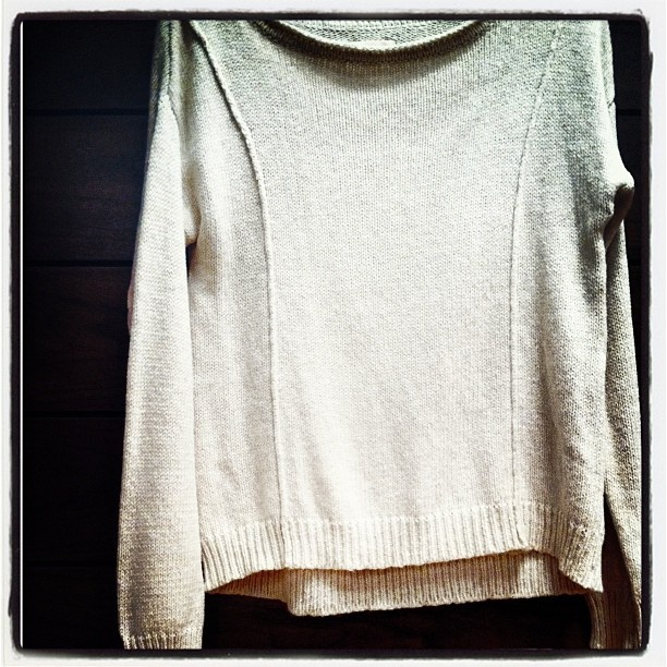 It's just about sweater weather season - we love the slouchy Walden Sweater. By @quiksilverwomen: Slouchy Walden, Red Dresses, Walden Sweaters, Sweaters Seasons, Future Wardrobes, Sweaters Weather, Sweaters Lovers, Travel Sweaters, Quiksilv Woman