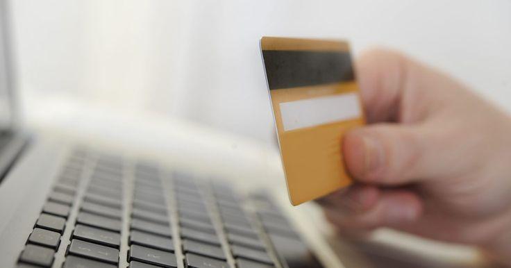 Cómo verificar el saldo en una tarjeta de Green Dot. Tener acceso al saldo de tu tarjeta Green Dot es una buena manera de controlar tus compras y la cantidad de dinero que hay en tu cuenta. La tarjeta pre-pago MasterCard de Green Dot es aceptada en todas partes donde se acepta la tarjeta MasterCard. Verificar el saldo de una tarjeta pre-pago de Green Dot es tan fácil como usarla. El saldo puede ser ...