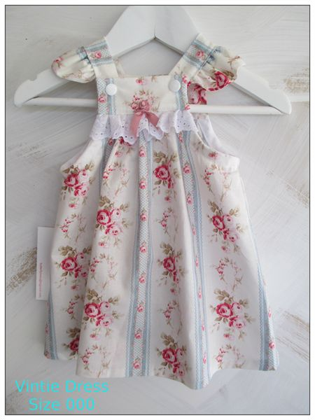 NEW BORN ~~~~~   Vintie Dress Size 000