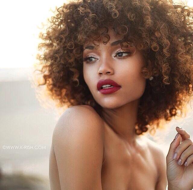 50 Ebony Girls Hairstyles to try this season