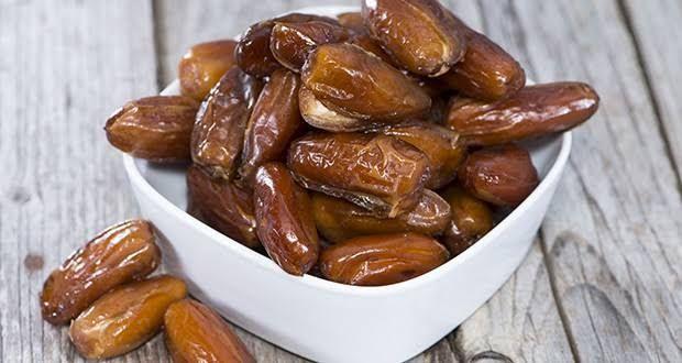 Les bienfaits des dattes. Les vertus étonnantes des dattes. La datte pour prévenir plusieurs maladies. La datte pour une bonne santé.