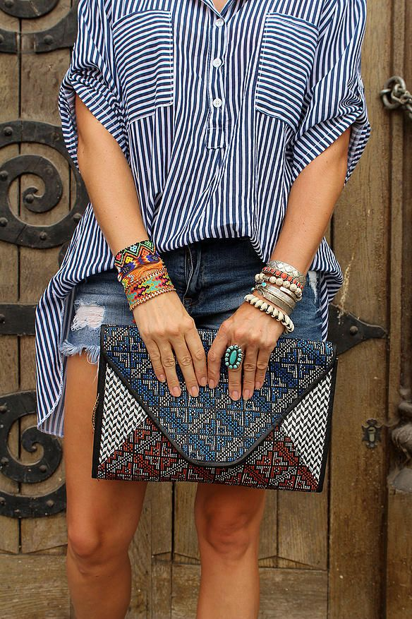 Little Boho - Blog Mode Femme, Voyages et Lifestyle | OUTFIT & INSPIRATIONS - BLUE LOVE #fashion #outfit #look #stripes #blogger #fashionblog #mode #femme #streetstyle #short #jean #boho #bohemian #hippie #gypsy #ethnic #bag #clutch #summer #holidays #blond #girl #bijoux #jewels #jewelry #newlook #hm #harpo #turquoise #silver