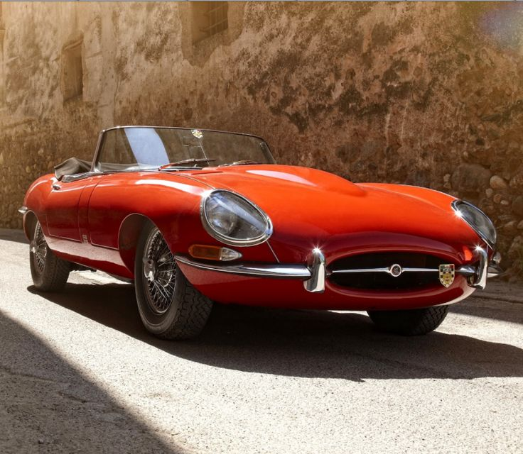 Watch the #Jaguar E-Type take a starring role in the new Leonardo DiCaprio 'Wolf Of Wall Street' trailer