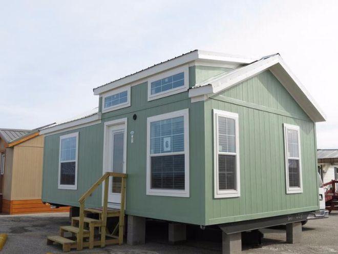 Take A Tour Through The 522 Tiny House Park Model