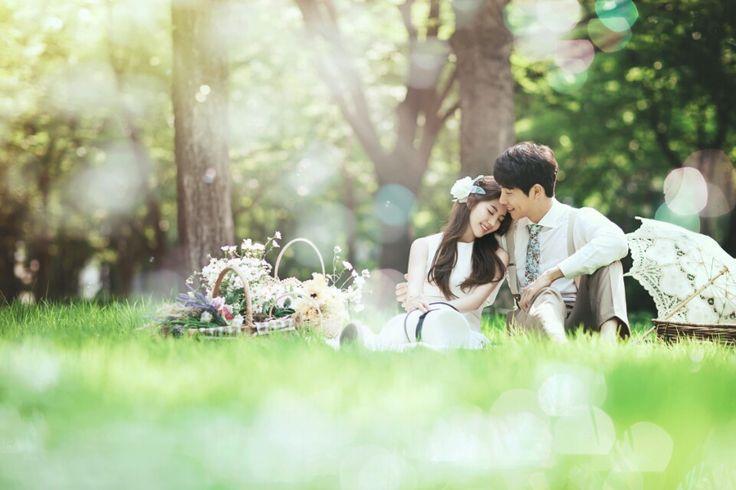 Korea Pre-Wedding Photography in Studio & Dosan Park, Seoul by May Studio on OneThreeOneFour 23