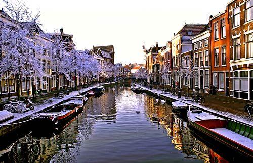 Leiden under snow, Leiden, Netherlands