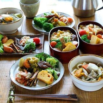 常備菜があれば、朝ご飯もこんなに色鮮やか!お弁当も野菜たっぷり! 時間があるときに作り置きできるから、健康的な生活も、無理せず余裕がうまれますね。