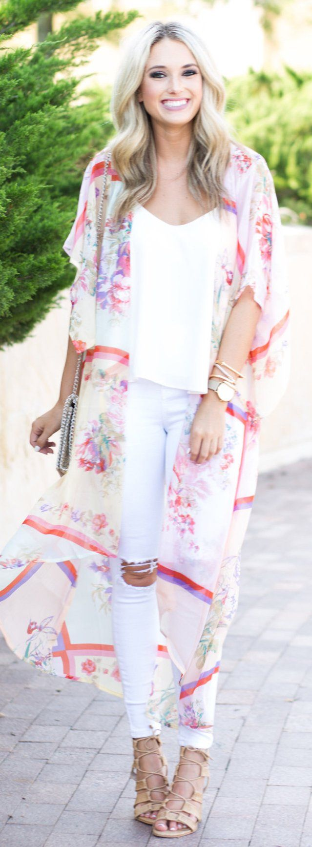#summer #outfits  White On White With The Cutest Kimono! // Shop This Outfit In The Link