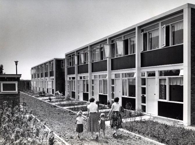 Een nieuwe woning (jaren 50)   The Fifties   Pinterest