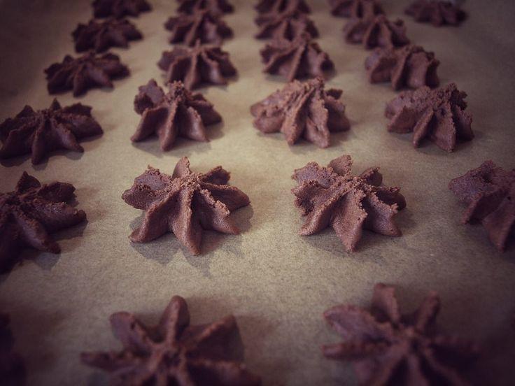Nougat Tuffs - die besten Nutella Weihnachtskekse der Welt