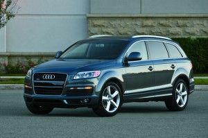 Audi_Q7_2008 Top 3 Best Used SUVs With Third Row Seats http://blog.iseecars.com/2009/08/19/top-3-best-used-suvs-with-third-row-seats/