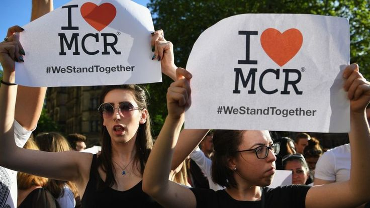 Image copyright                  Getty Images               Thousands of people are heading to Manchester for a tribute concert remembering the lives lost in the 22 May attack. One Love Manchester is raising money for those affected by the suicide bombing at the end of Ariana... - #Concert, #Fans, #Gather, #Love, #Manchester, #Tribute, #World_News