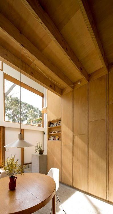 Linear modernism meets organic materials