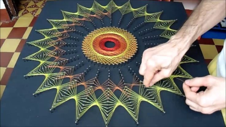 166 best images about string art on pinterest nail - Manualidades con hilo ...