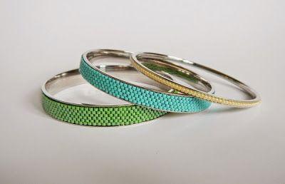 Bracelet made with peyote stich