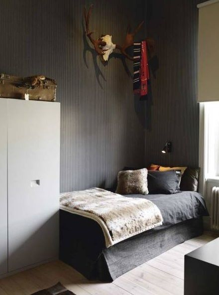 new ideas for Ciaran: Kids Bedrooms, Bedrooms Boys, Dark Grey Bedrooms, Grey Wall, Grey Boys Bedrooms, Big Boys Bedrooms, Dark Wall, Big Boys Rooms, Kids Rooms