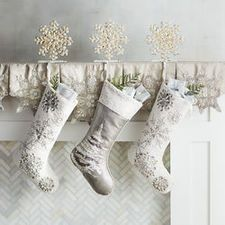 Christmas Decor: Wall Decor, Frames & Accessories | Pier1.com | Pier 1 Imports