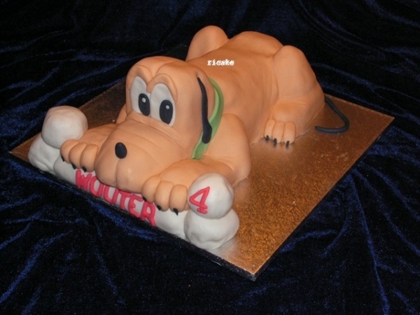 Pluto cake! So cute!