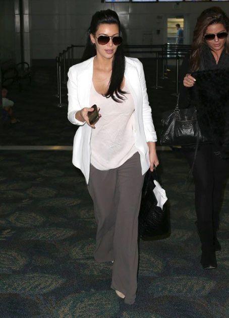 Kim Kardashian - loose cotton or cashmere essentials