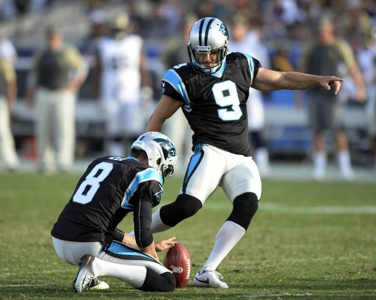 Panthers vs. Rams:  13-10, Panthers  -     Carolina Panthers kicker Graham Gano (9) connects on a field goal as punter Andy Lee (8) hold, against the Los Angeles Rams, in the second half at Los Angeles Memorial Coliseum in Los Angeles, CA on Sunday, November 6, 2016. The Panthers won, 13-10.